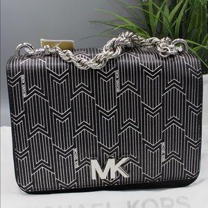 michael kors bag like new (never used)